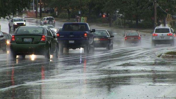 เตรียมพร้อมรถรับหน้าฝนช่วยป้องกันอุบัติเหตุ