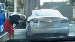 เติมเต็มถังไปเลย แต่ไม่ใช่ Tesla Model S นะ ?!