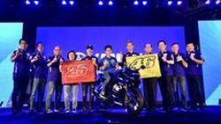 "Yamaha มีดติ้งสุดใกล้ชิด ""รอสซี่-บีญาเลส"" พร้อมเปิดตัว R15 ลายพิเศษ แฟนโมโตจีพีร่วมงานเพียบ แถมได้ SSR , ถ่ายรูป 2 Shot กันฟินๆ"