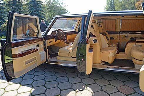 """ZIL เปิดตัว 4112-R ลีมูซีนเจ้าของฉายา """"Rolls Royce แห่งสหภาพโซเวียต"""""""