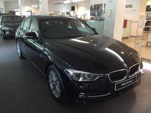 BMW 320i 2.0 Sport 2016(New)