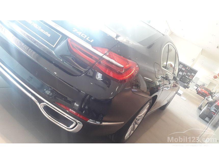2016 BMW 740Li Executive Sedan