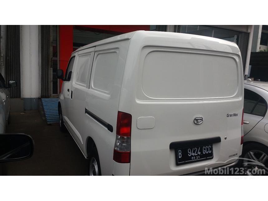2016 Daihatsu Gran Max D Van