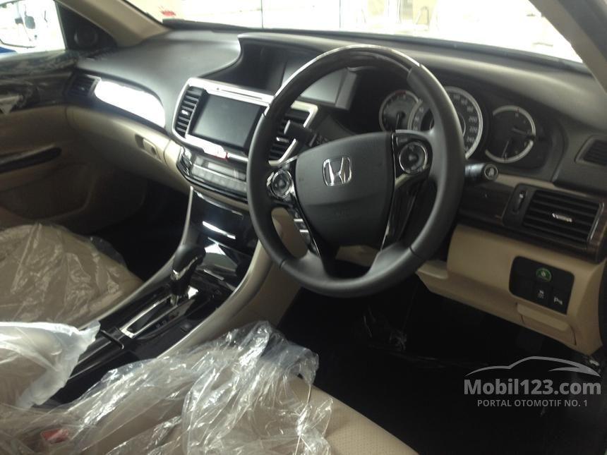 2016 Honda Accord VTi-L Sedan