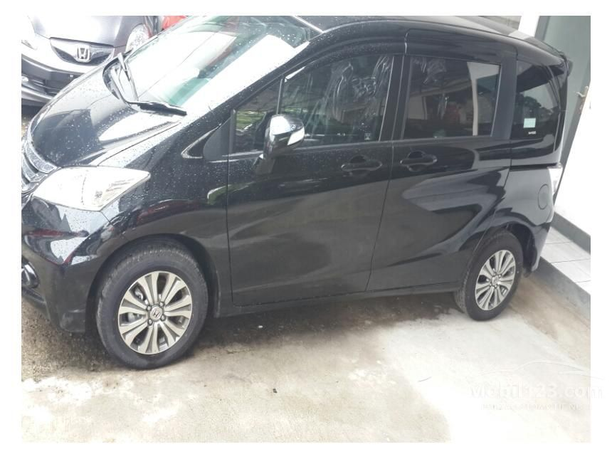 2014 Honda Freed Compact Car City Car