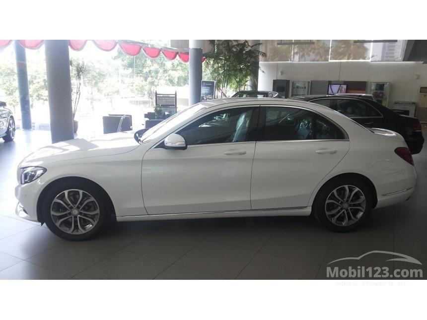 2016 Mercedes-Benz C200 Avantgarde Sedan