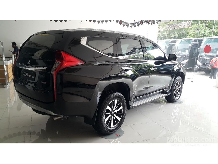 Info terbaru harga mobil Mitsubishi Pajero bekas dijual ...