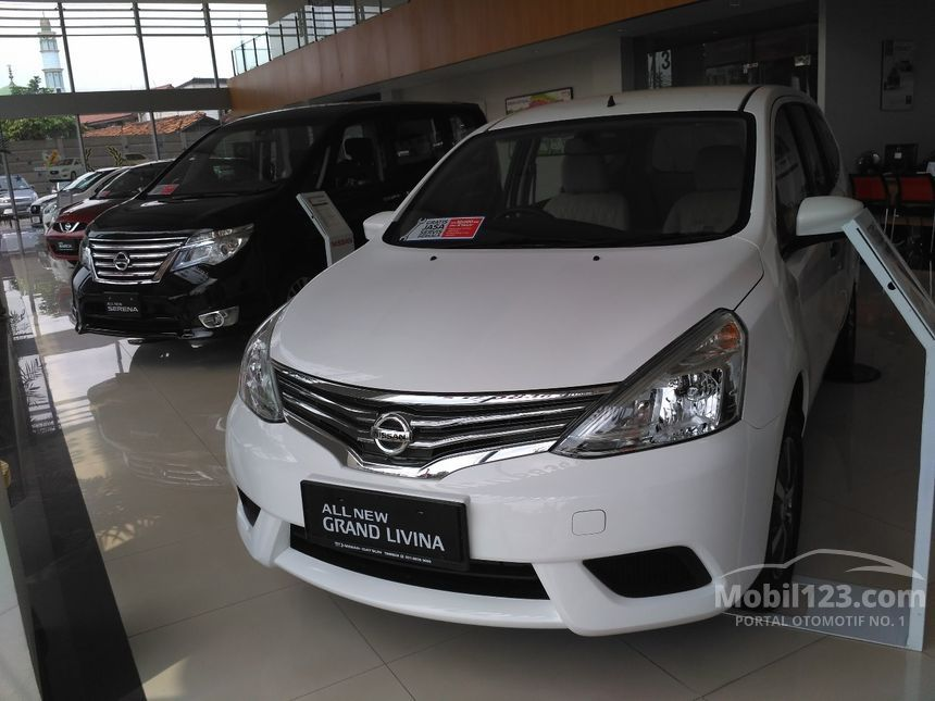 Jual Mobil Nissan Grand Livina 2017 XV 15 Di DKI Jakarta