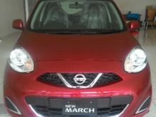2017 Nissan March 1.2 MID HatchbackPromo Nissan March Awal Tahun Dp 15 juta.