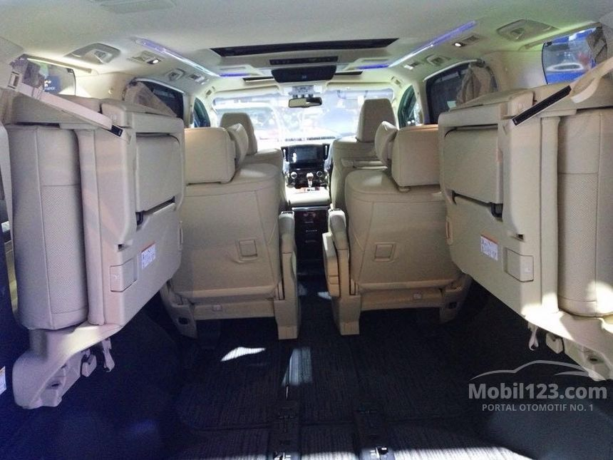 2017 Toyota Alphard X Van Wagon