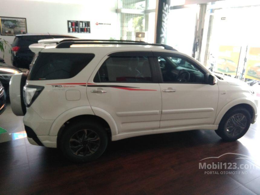 Gambar Interior Mobil Livina - Rommy Car