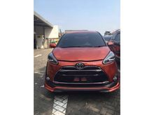 Toyota Sienta 1.5 Q