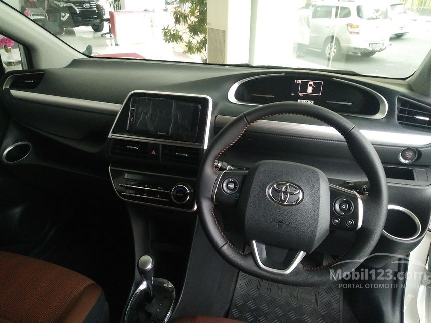 2017 Toyota Sienta Q MPV
