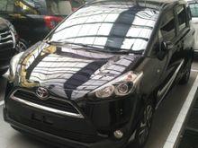 Toyota Sienta 1.5 V CVT 2017