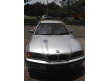 2000 BMW 318i 1.8 1.8  Sedan