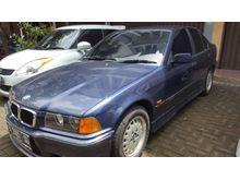 BMW 318i 1997 Biru M43 1.8 Manual Sedan