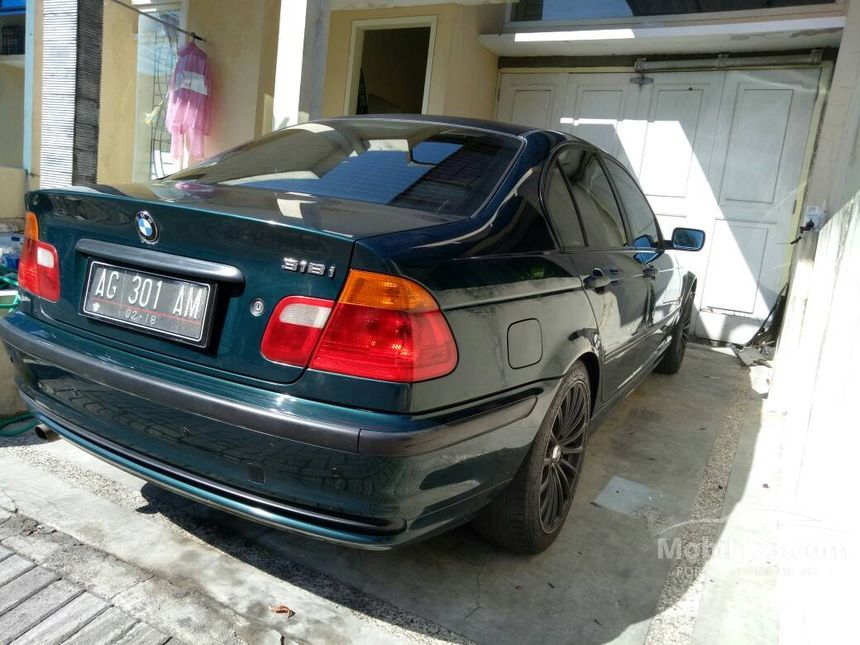 Jual Mobil BMW 318i 2001 1.9 di Jawa Timur Automatic Sedan ...