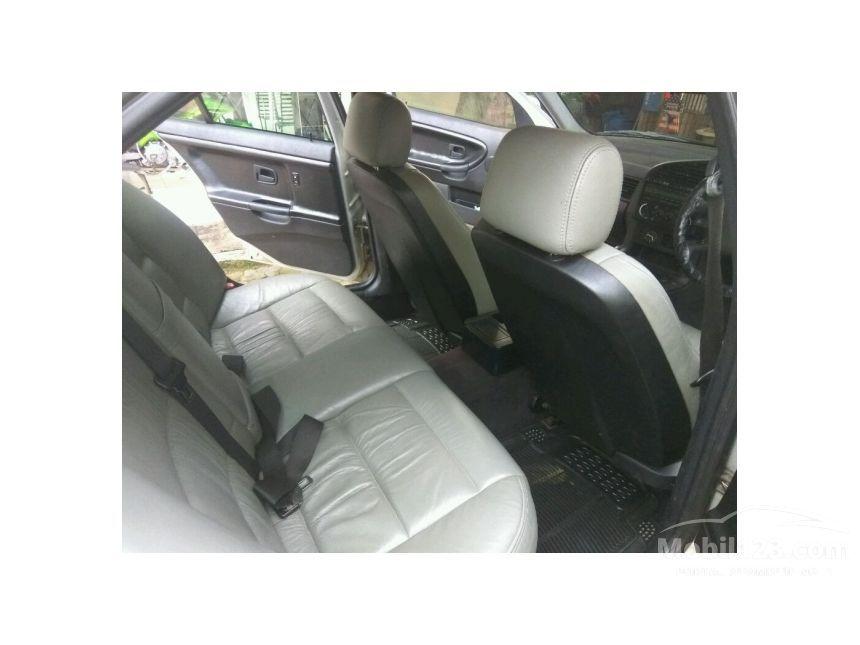 2017 bmw 320i manual sedan