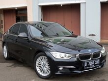 2014 BMW 320i 2.0 Luxury Sedan