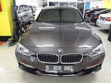 2012 BMW 320i 2.0 Luxury