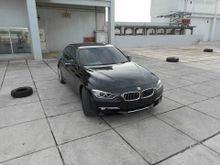 2015 BMW 320i 2.0 Luxury km 9rb Asli Record