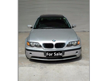 BMW 325i - 2003 - KEREN