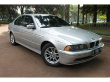 jual cepat BMW 520i silver matic thn 2003 terawat
