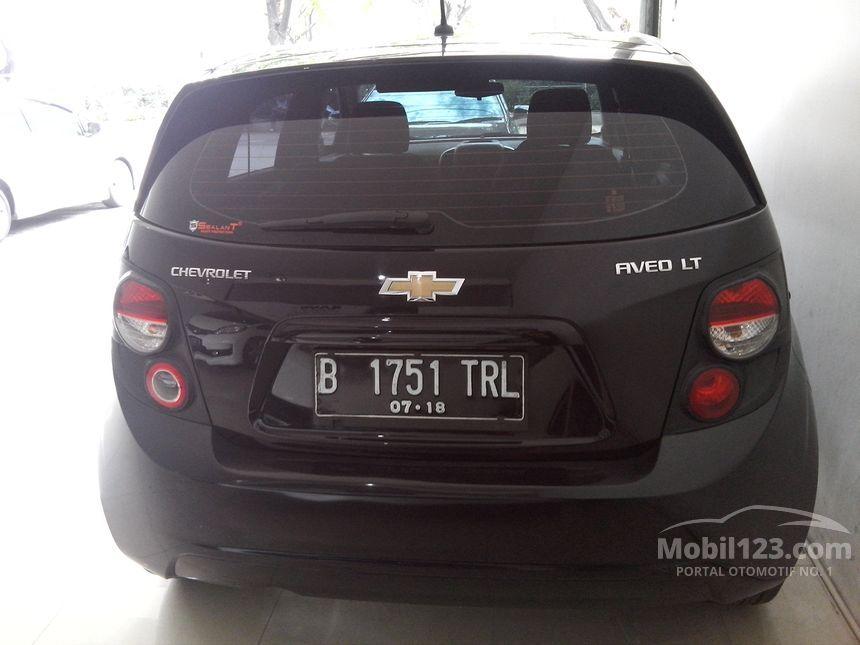 2012 Chevrolet Aveo LT Hatchback