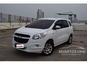 Chevrolet Spin 1.5 LTZ Tahun 2013 - 2014  Automatic White