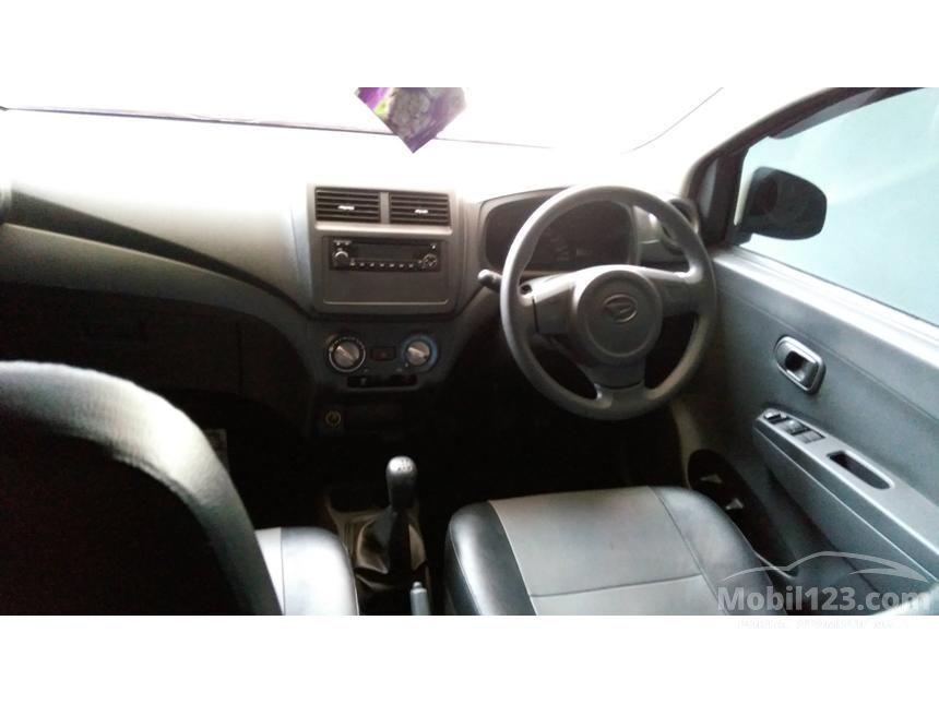 2015 Daihatsu Ayla M Hatchback