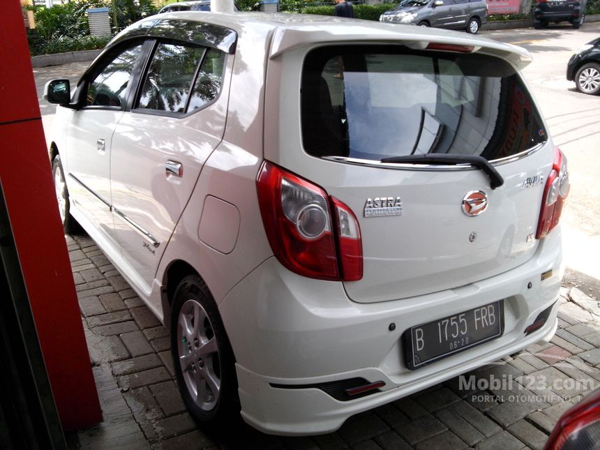 2015 Daihatsu Ayla X Elegant Hatchback