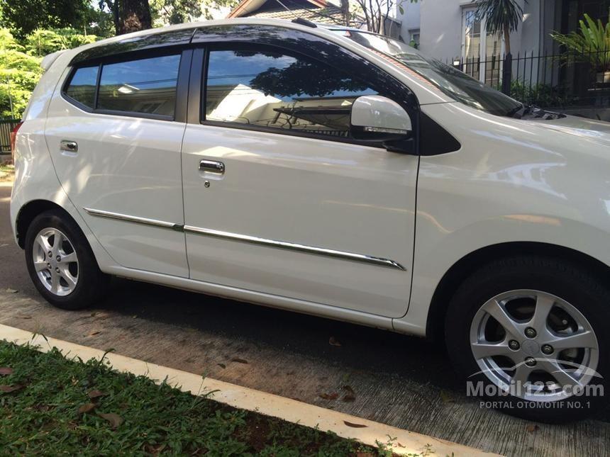 2015 Daihatsu Ayla X Hatchback