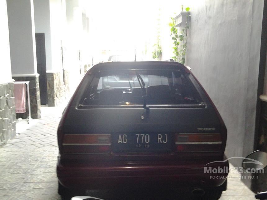 1984 Daihatsu Charade Sedan