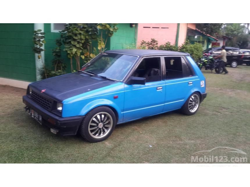 1985 Daihatsu Charade Sedan