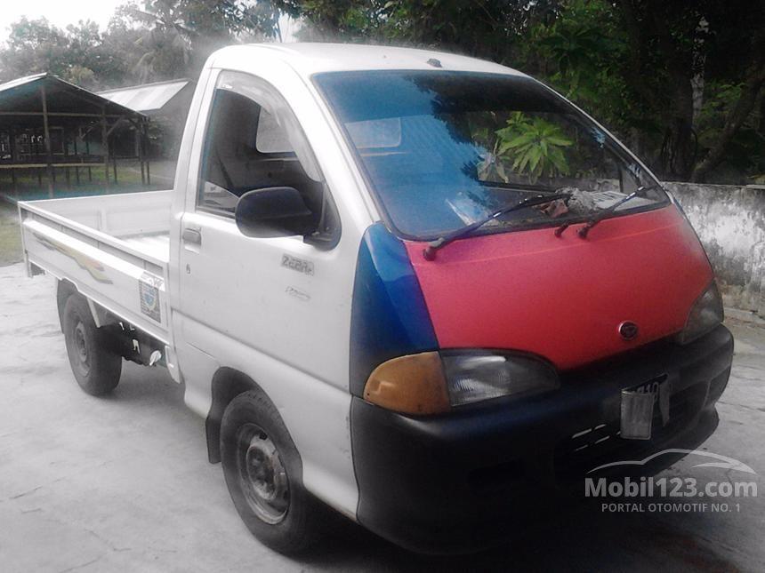 2002 Daihatsu Espass MPV Minivans