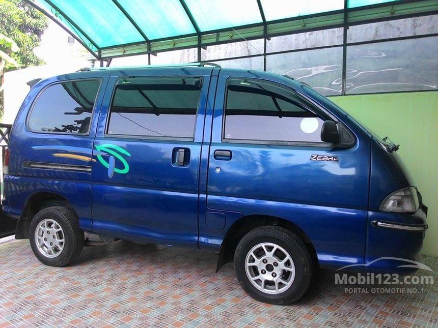 2005 Daihatsu Espass MPV Minivans