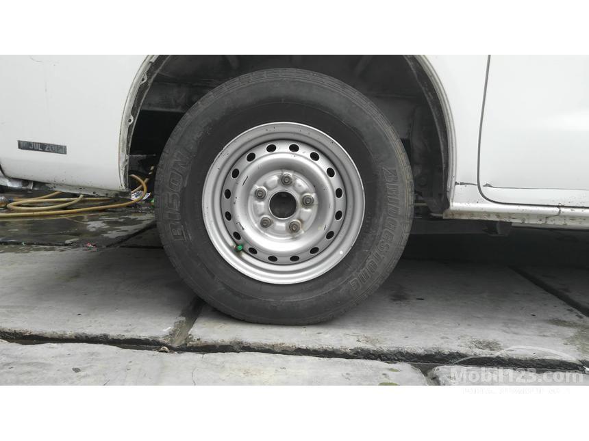 2011 Daihatsu Gran Max AC Van