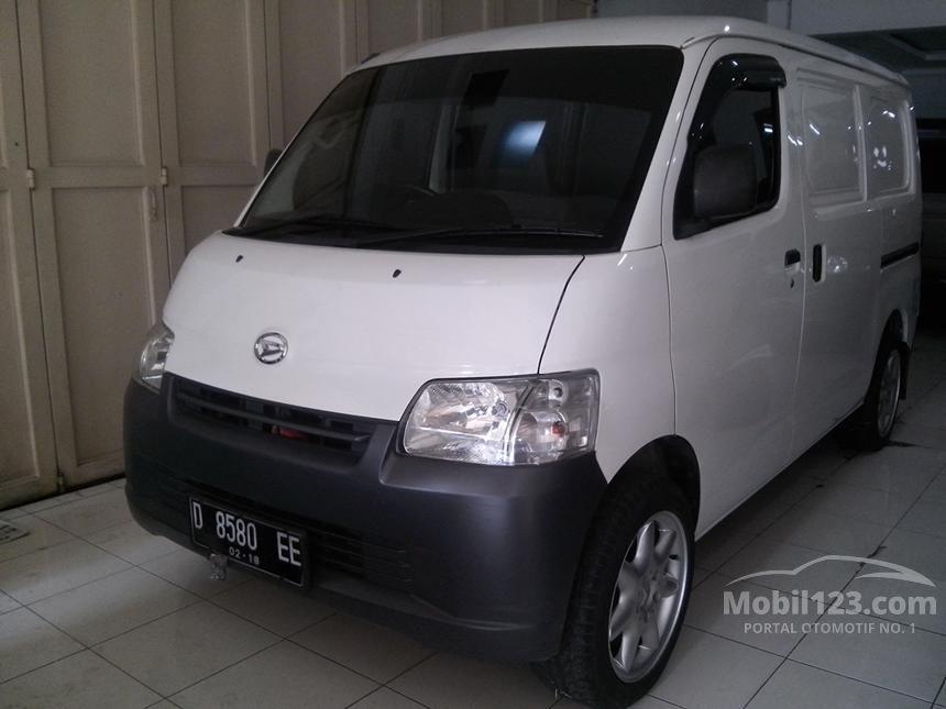 2013 Daihatsu Gran Max AC Van