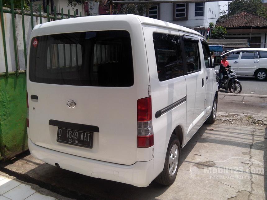 2013 Daihatsu Gran Max D Van