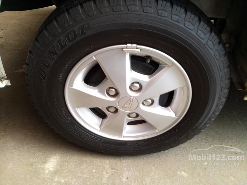 2015 Daihatsu Gran Max D Van