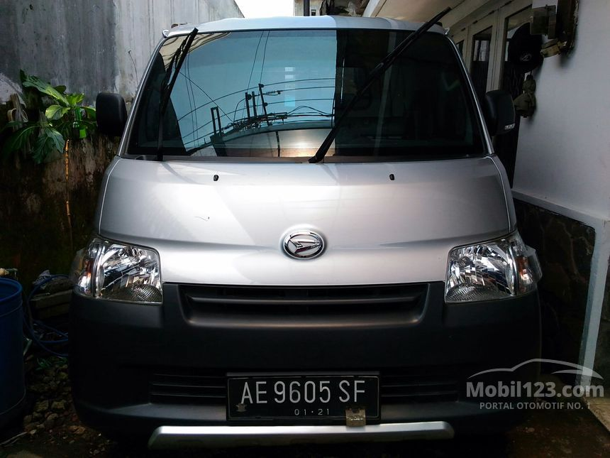 Jual Mobil Daihatsu Gran Max 2015 STD 1.5 di Jawa Timur ...