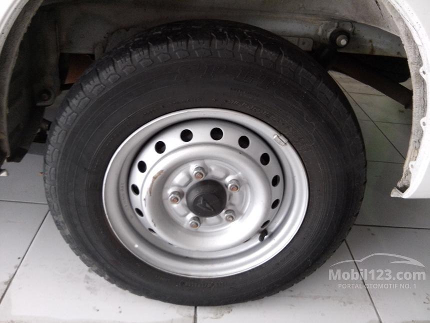 2012 Daihatsu Gran Max STD Van
