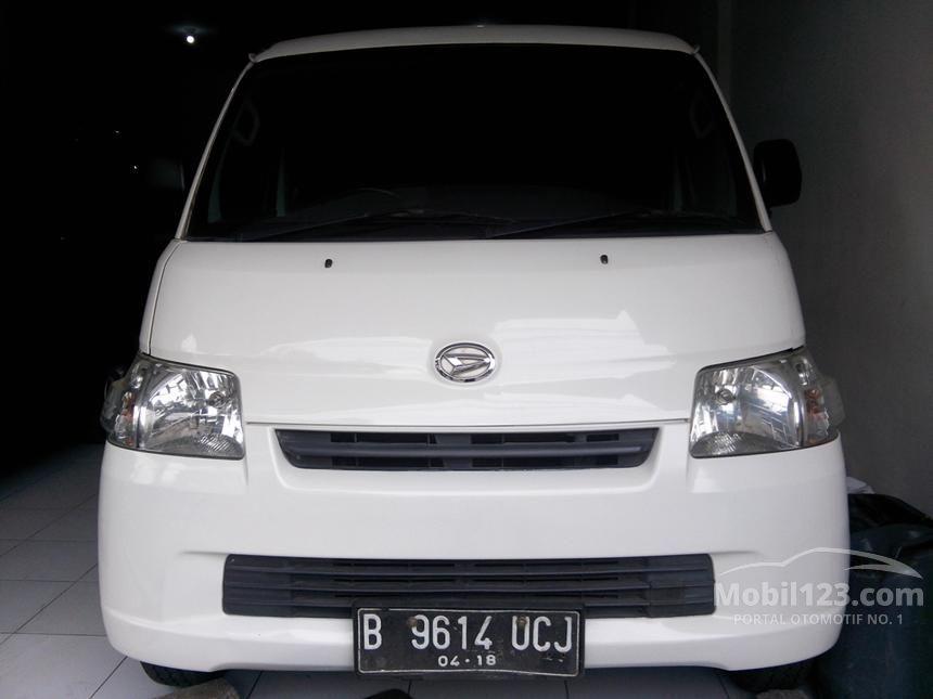 2013 Daihatsu Gran Max STD Van
