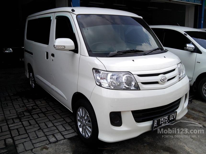 2013 Daihatsu Luxio M Wagon
