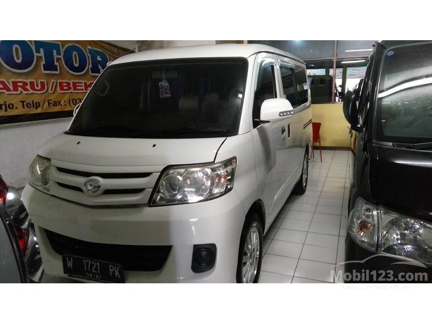 2011 Daihatsu Luxio M Wagon