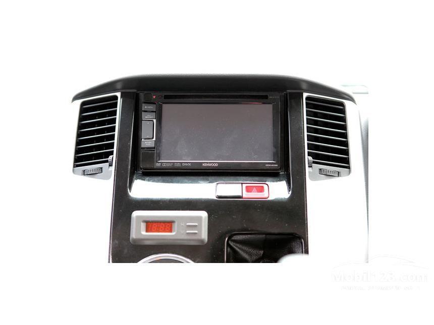 2014 Daihatsu Luxio X MPV