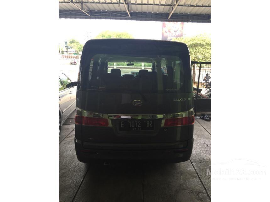 2014 Daihatsu Luxio X Prestige Wagon