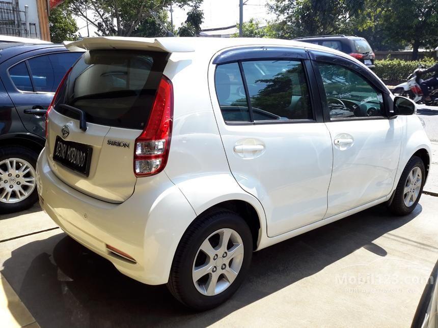 2014 Daihatsu Sirion D FMC DELUXE Hatchback