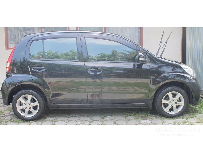 2013 Daihatsu Sirion MPV Minivans