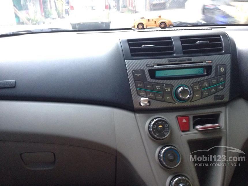 2011 Daihatsu Sirion MPV Minivans